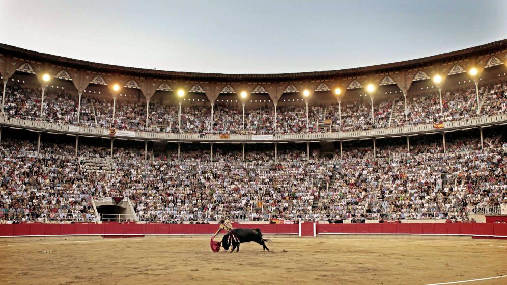 La corrida de toros es foro de pasiones, por la entrega, el valor y la suerte de los contendientes.